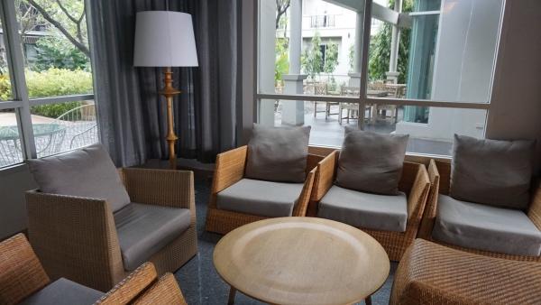 furniture-1041492_1280